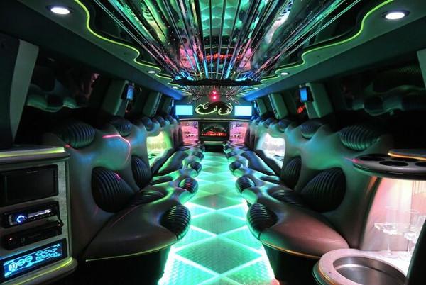 tuxedo hummer limousine Lubbock